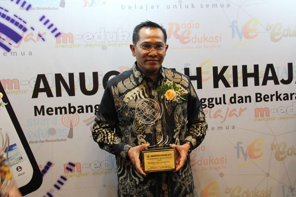 Pemerintah Provinsi Jawa Timur melalui Dinas Pendidikan Provinsi Jawa Timur  Berhasil Meraih Anugerah KiHajar 2019 Untuk Yang Ketiga Kalinya